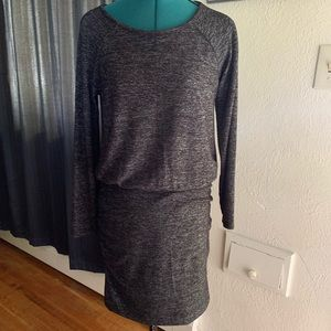 Banana Republic Long Sleeve Ruched Knit Dress SZ M